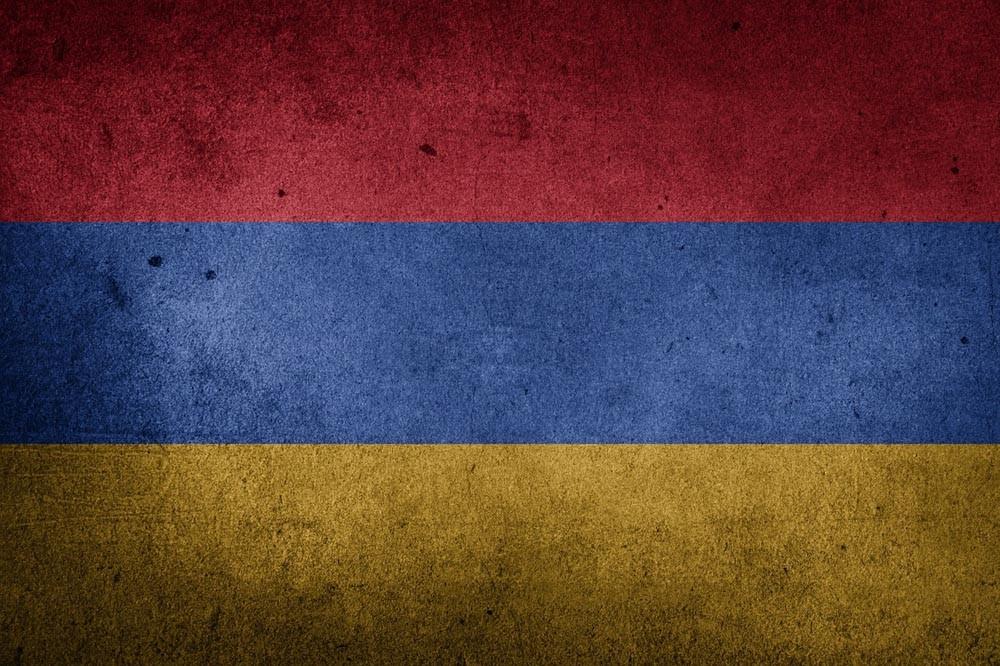 Премьер Армении обвинил росс…