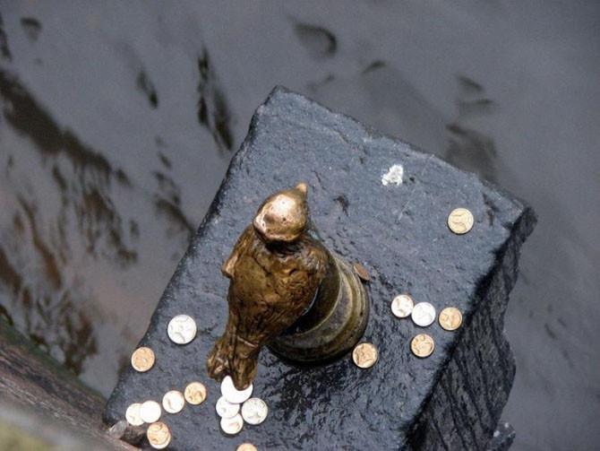 Памятник Чижику-пыжику в Санкт-Петербурге интересное, памятники