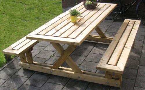 Как сделать деревянный стол на даче 923