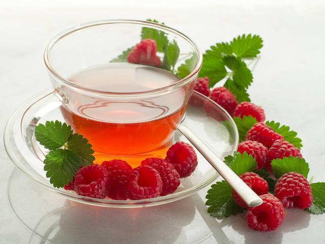 23 полезные добавки к чаю, которые легко вырастить самому