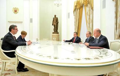Путин встретился с сербским премьером Вучичем