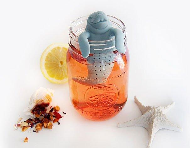 Приветливый ламантин заварит для вас чай