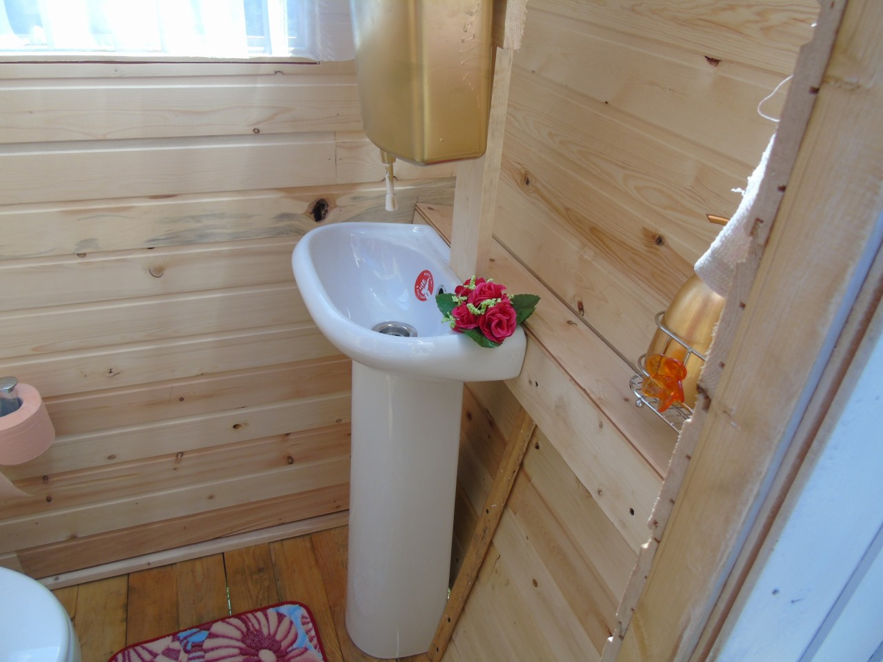 Раковина в туалете своими руками