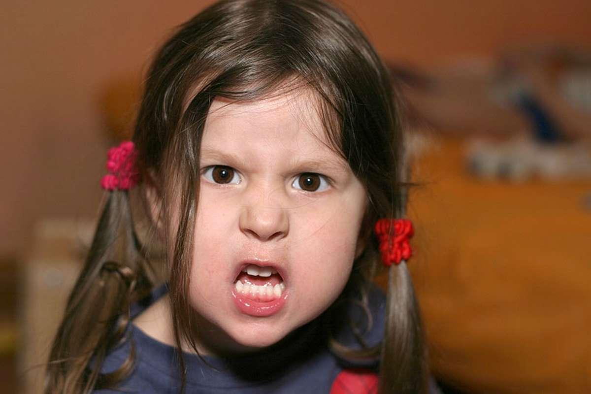 Как родители калечат детей - конвейер по производству моральных калек