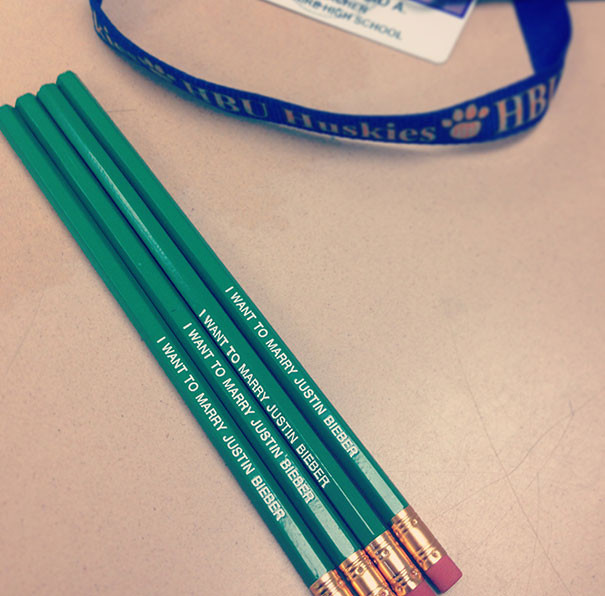 5. Учительнице математики надоело, что ученики забывают вернуть ей карандаши подборка, учитель, юмор