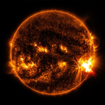 Ученые рассказали о последствиях сегодняшней вспышки на Солнце для Земли