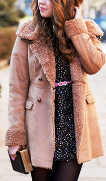 Тепло и модно: образы с дубленкой для холодов