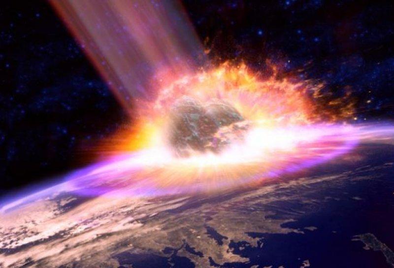 К Земле на огромной скорости…
