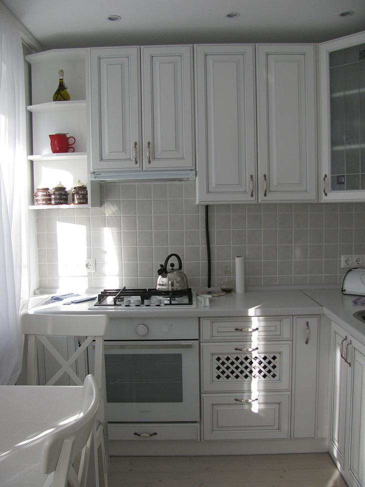 Невозможное возможно: кухня 5,7 кв. метров —  вместилось всё, что нужно для комфортного житья!