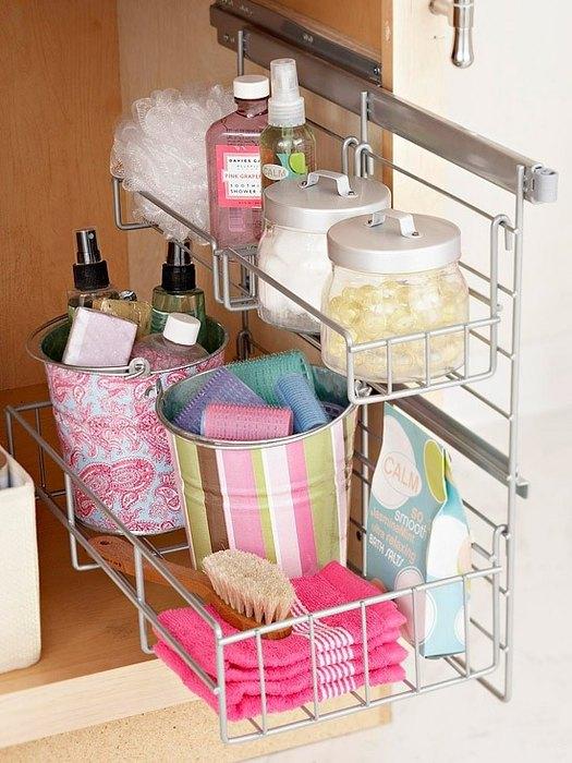 Хранение в маленькой ванной: 5 интересных идей и 24 наглядных примера