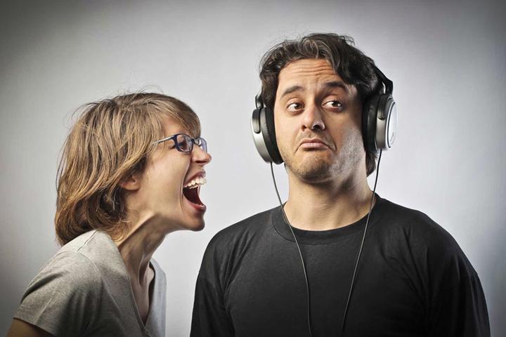 Иммунитет от хамства: как реагировать на грубость