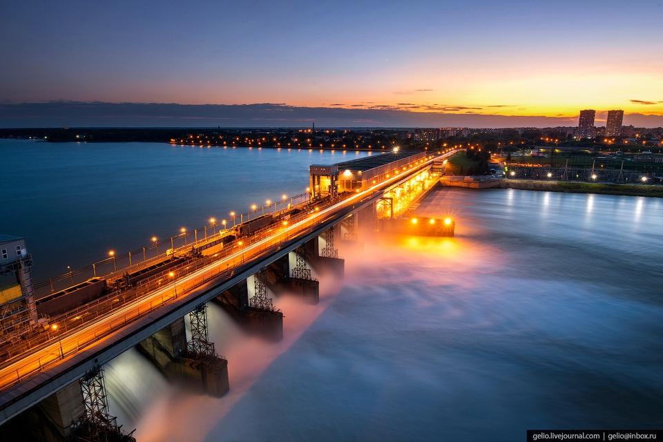 Новосибирская ГЭС: водопад н…