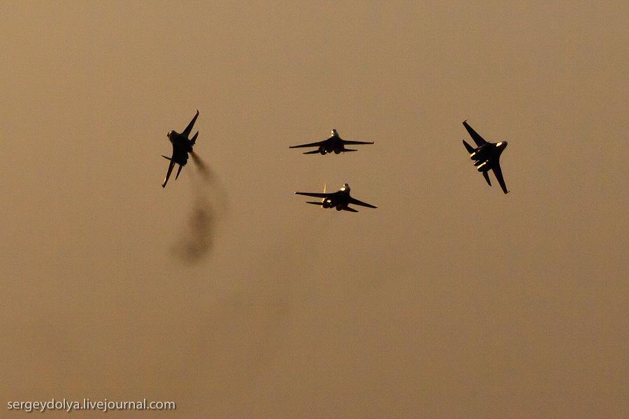 1325 Авиасалон в Бахрейне: Фотографии, сделанные против солнца
