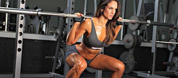 Почему мужчин раздражают физически сильные женщины: 5 неубедительных отговорок