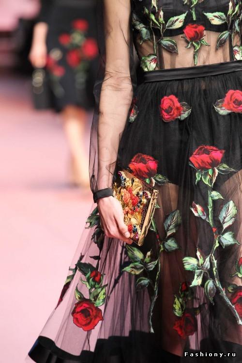 Красота в деталях: Dolce & Gabbana Осень-Зима 2015-2016