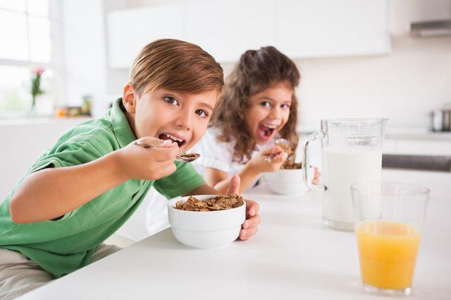 Завтрак на столе! Что съесть перед школой?