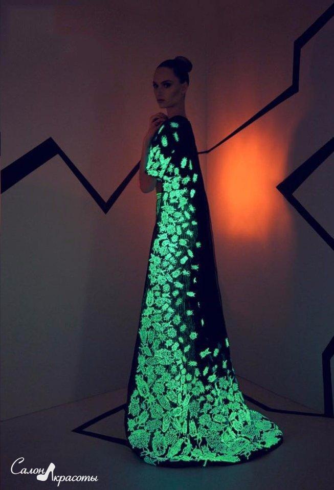 Потрясающая коллекция светящихся платьев
