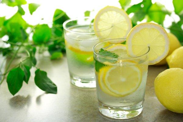 вода с лимонным соком.  (600x400, 40Kb)