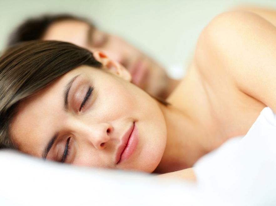 8. Ложитесь спать на час раньше возраст, жизнь, люди