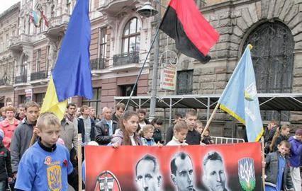 Кто наказывает Украину? - Никто, кроме нее самой!