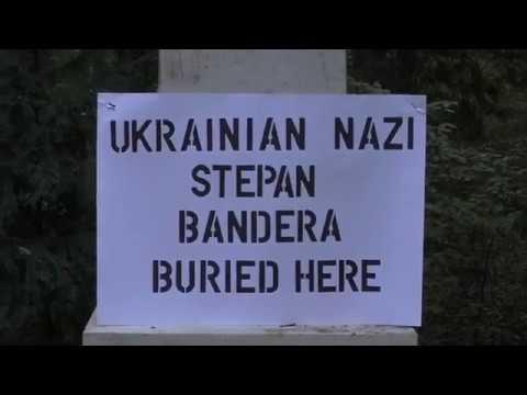 Журналист Грэм Филипс «исправил» могилу Бандеры