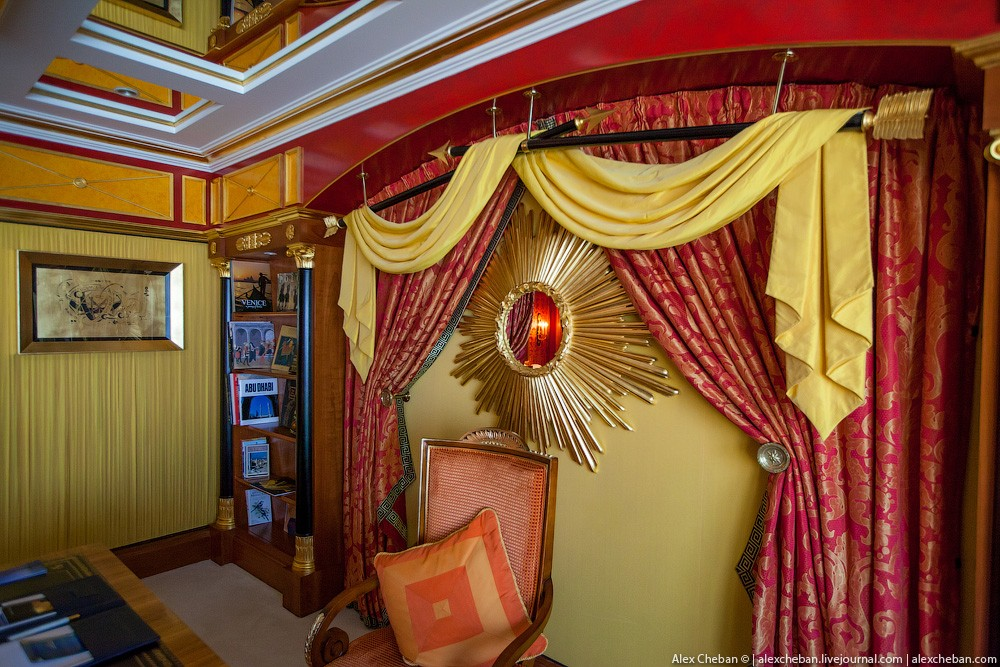 BurjAlArab49 Золото для шейхов и олигархов: самый дорогой номер в семизвездочном отеле Burj Al Arab