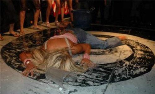 жесть фото с места преступления девушек голых