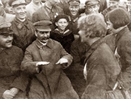 """Зачем Сталин """"чистил"""" Красную армию?"""