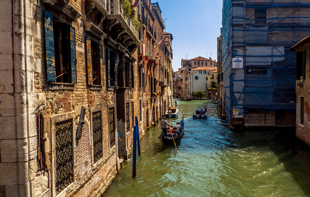 ТОП-7 самых красивых городов на каналах-1