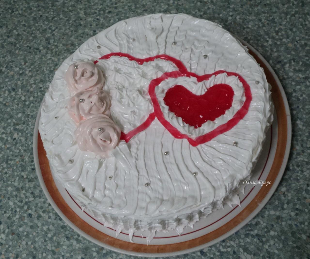 Тортик с творожным кремом и черносливом. Очень скромный