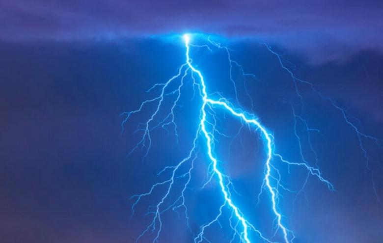Случаи, когда молнии не убивают, а излечивают людей