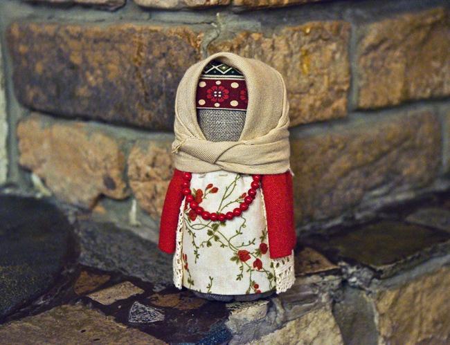 Подарок нановоселье своими руками— кукла-оберег «Крупеничка»