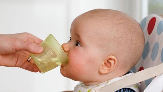 Дети могут жить без воды вплоть до одного года