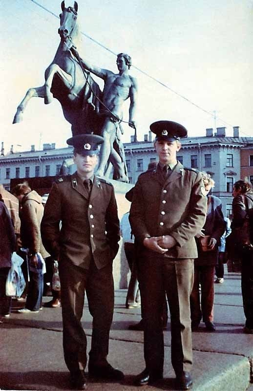 Леонид Агутин армия, знаменитости, фото