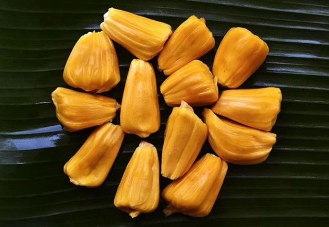 Этот фрукт по вкусу напоминает мясо — идеальное решение для вегетарианцев