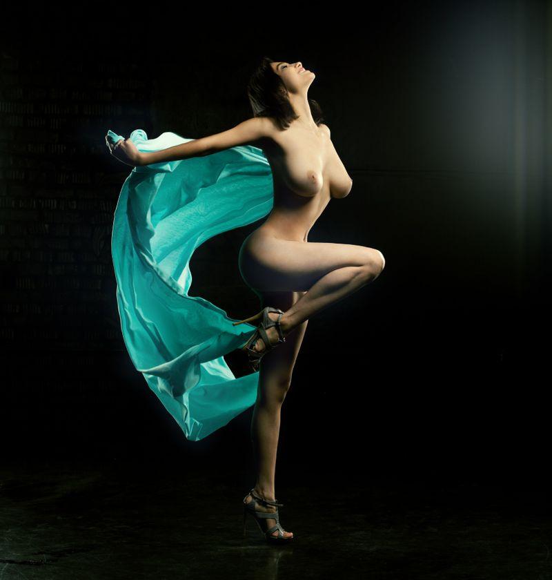 вернуть женственная порно эротика танец вас том, что