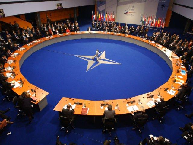НАТО проводит разведку на границах Украины Охранка