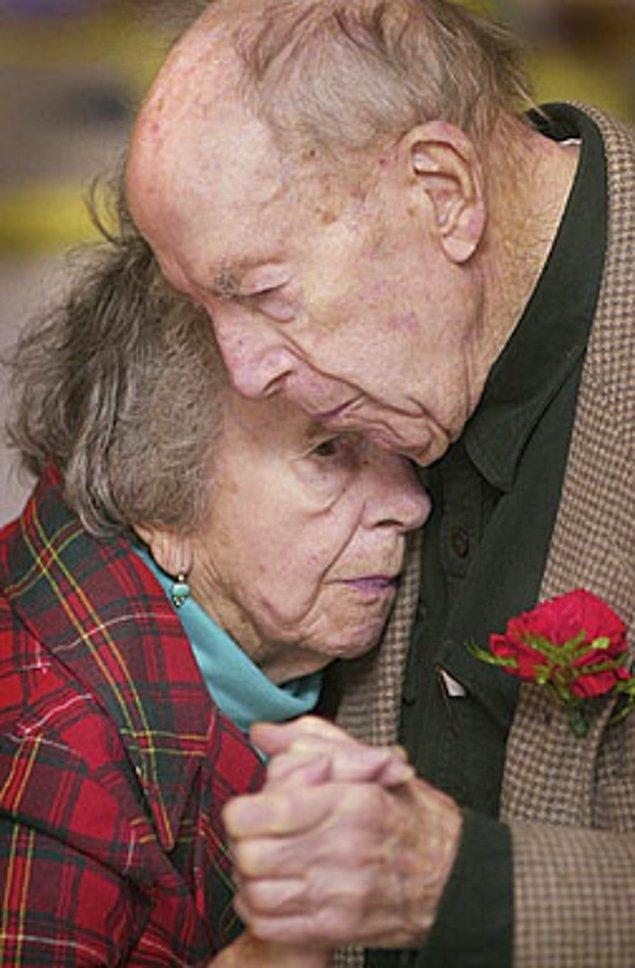 Брак не убивает любовь! 28 счастливых пар, которые вместе более 50 лет