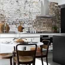 Идеи интерьера кухни с фотообоями-2