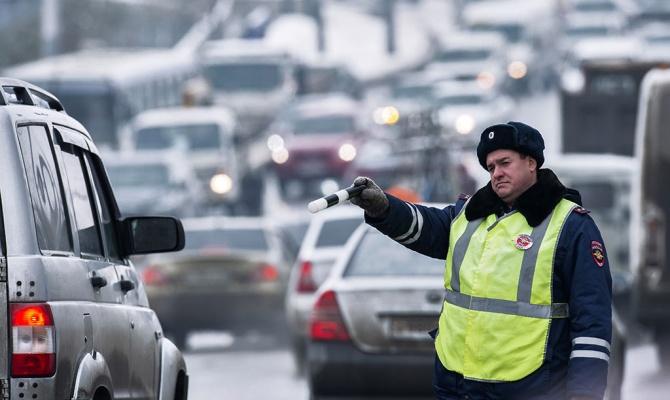 В правительстве предложили лишать водительских прав за три нарушения