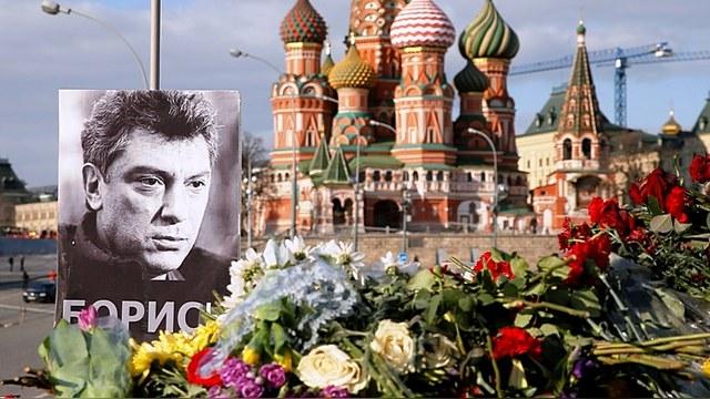 Европарламентарии предлагают посмертно наградить Немцова премией Сахарова