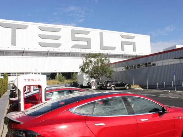Экскурсия на завод Tesla