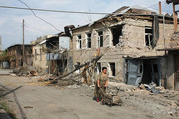 Международные бандиты судят Россию