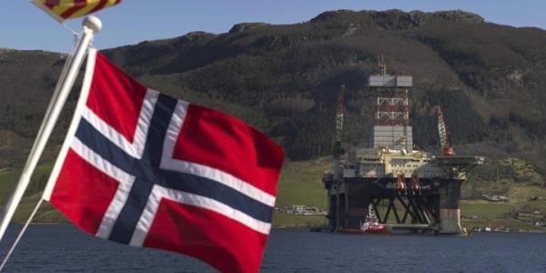 Норвегия дважды вытерла ноги о США