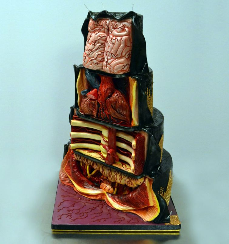Ужасающие гиперреалистичные торты, которые не вызывают желания их съесть