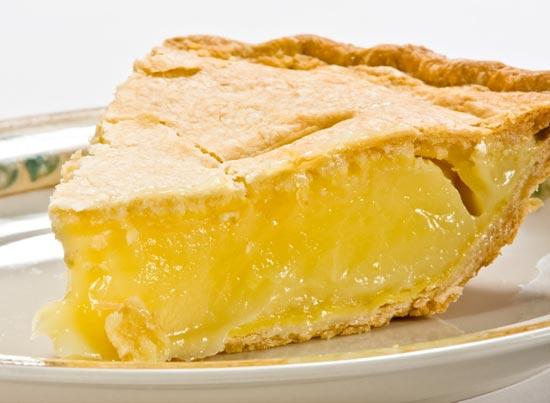 Как быстро приготовит вкусный лимонный пирог