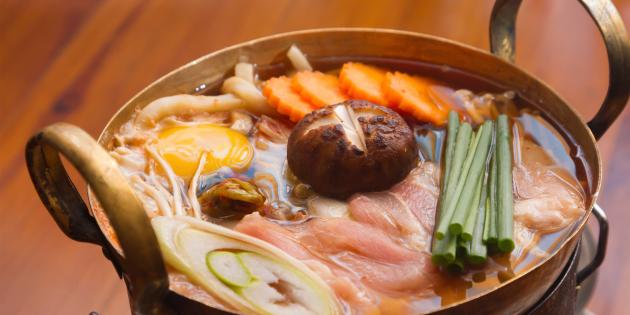 ДЕНЬ ПЕРВОГО БЛЮДА. Тянконабэ — суп, которым питаются сумоисты