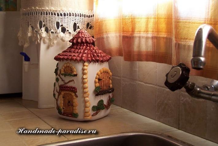 Сказочный домик из пластиков…