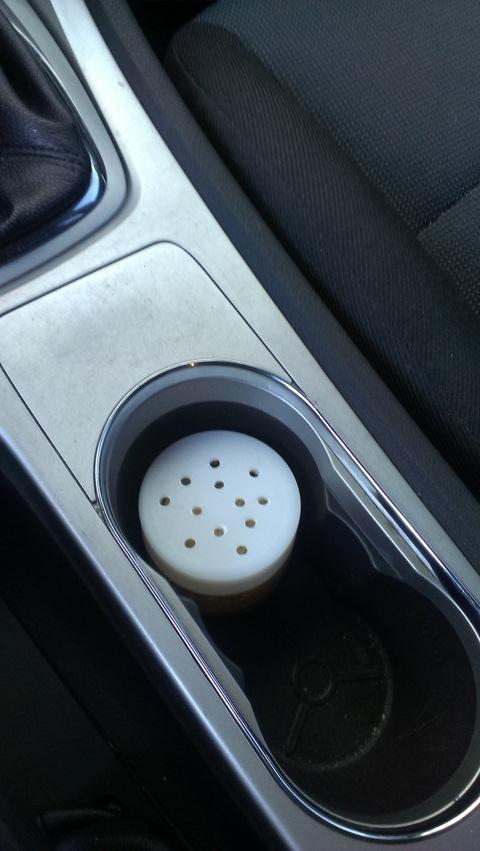 """Ароматизатор в машину своими руками:долгоиграющая """"вонючка"""" просто и дешево!"""
