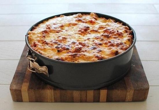 Необычная макаронная запеканка с аппетитным соусом. Так это блюдо вы еще не готовили!